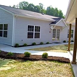 Southwyck Hills Apartments - Danville, Virginia 24541