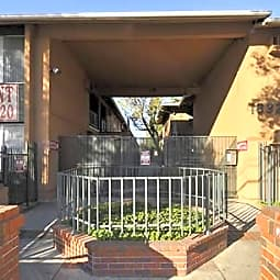 Glenwood Apartments - Reseda, California 91335