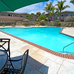 Amador Apartments - Hayward, California 94544