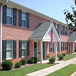Cresthill Townhomes - Flowery Branch, Georgia 30542