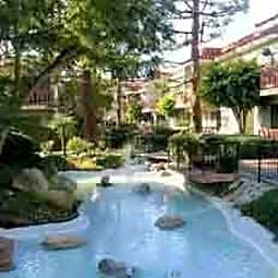 Woodlake Apartments - Torrance, California 90503
