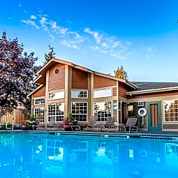 Waterford Apartments - Everett, Washington 98208