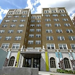 MAC Apartments - Kansas City, Missouri 64111