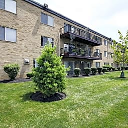 Lakota Lake Apartments - West Chester, Ohio 45069