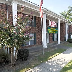 Colonial Park Apartments - Little Rock, Arkansas 72209