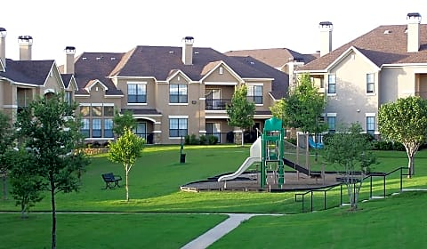 Villas Of Vista Ridge State Highway 121 Bypass Lewisville Tx Apartments For Rent