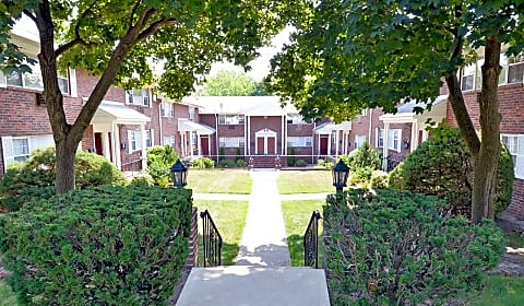 Willow Gardens - Willow Street | Teaneck, NJ Apartments for Rent ...