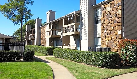 Tamarack Place - East 60th Street | Tulsa, OK Apartments ...