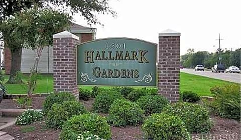 Hallmark Gardens Apartments - East Reed Road | Greenville, MS ...