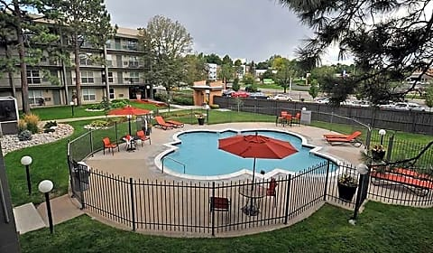 Monaco south apartments s monaco parkway denver co apartments for rent for Cheap 3 bedroom apartments in denver co