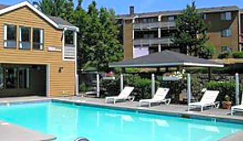 Enchanted Woods Apartments South 360th Street Federal Way Wa Apartments For Rent