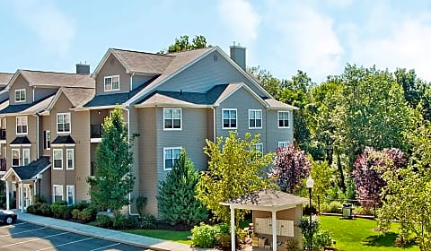 The Point At Still River Mountainview Terrace Danbury Ct Apartments For Rent