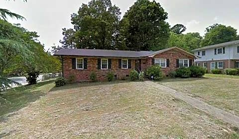 Brick Ranch Style 3 Bedroom 2 Bath Home Squirrel Hill Rd Charlotte NC Ho
