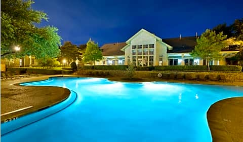 Creekside At Legacy Windcrest Drive Plano Tx Apartments For Rent