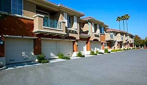 Villa veneto at palm valley la strada drive san jose ca apartments for rent for Cheap one bedroom apartments in san jose ca