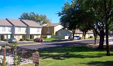 Shady valley square apartment homes green tee drive - Cheap 3 bedroom apartments in arlington tx ...