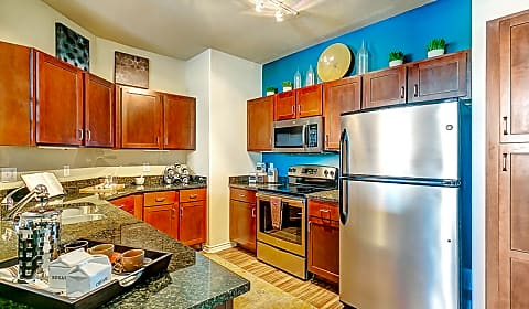 Via Las Colinas Northwest Highway Irving Tx Apartments For Rent