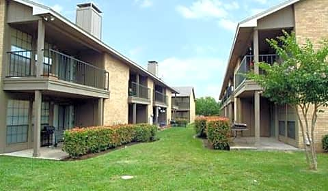 country club condominiums centerville road garland tx apartments for rent
