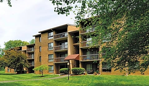 The sycamores a sycamore valley dr reston va apartments for rent for 2 bedroom apartments in reston va