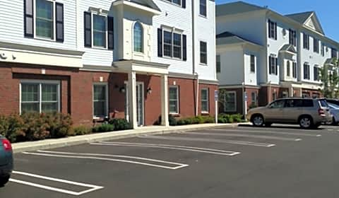 Prospect Falls Spinnaker Apartments Schooner Ln Milford Ct Apartments For Rent