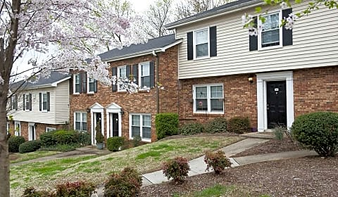 Sterling westchester townhomes pelham road greenville sc apartments for rent for 1 bedroom apartments greenville sc