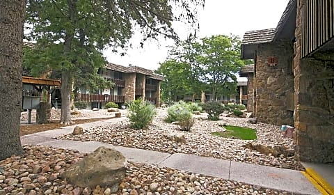 Copper Stone East Pikes Peak Ave Colorado Springs Co Apartments For Rent