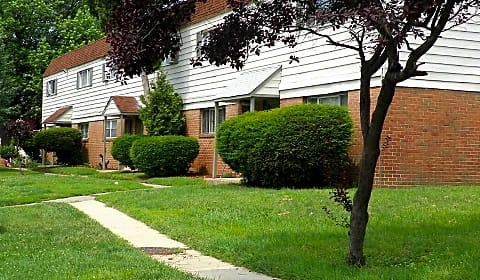 Willow Gardens - Dorian Drive, Apt A | Chester, PA Apartments for ...