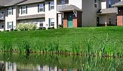 arbors at lakeside woods circle dr jackson mi apartments for rent