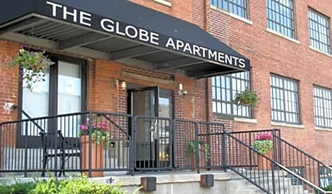 The Globe Apartments Commerce Av Sw Grand Rapids Mi Apartments For Rent