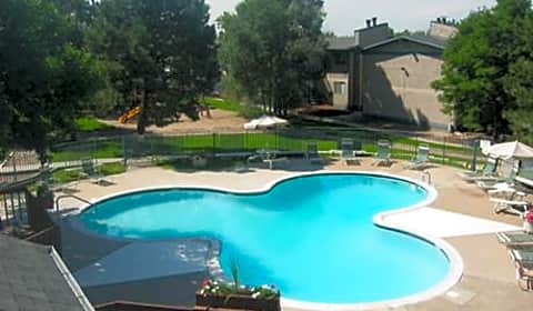greentree village apartments south parker road denver co apartments for rent