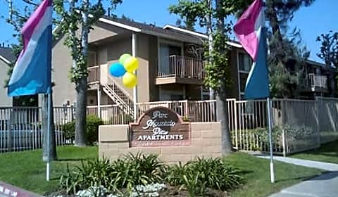 Parc mountain view 2 bedroom apartment homes baseline street san bernardino ca apartments for 1 bedroom apartments for rent in mountain view ca