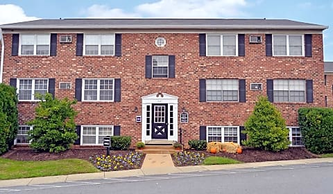 Audubon Manor Apartments 210a North Everhart Street West Chester Pa Apartments For Rent
