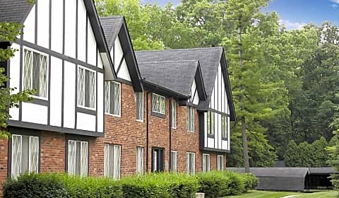 Knob In The Woods Knob Woods Drive Southfield Mi Apartments For Rent