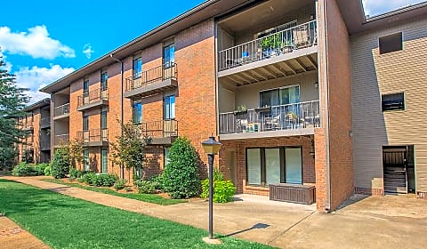 Park west at hillwood charlotte pike nashville tn apartments for rent for Cheap 1 bedroom apartments in nashville tn