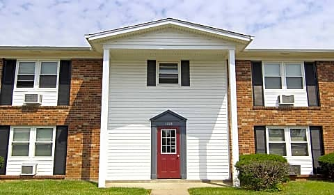 Reviews U0026 Availability For Mayfair Apartments | Jeffersonville, IN  Apartments | Rent.com
