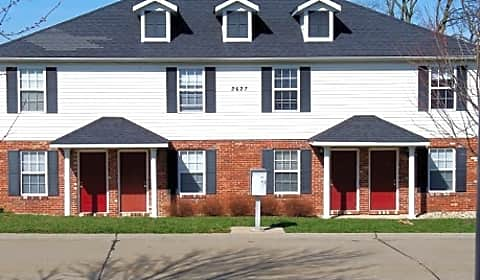 Spyglass 2600 2627 spyglass court edwardsville il townhomes for rent for One bedroom apartments in edwardsville il
