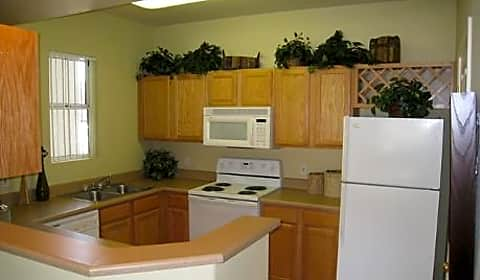 Sun Valley Ranch Apartment Homes East University Drive Mesa Az Apartments For Rent