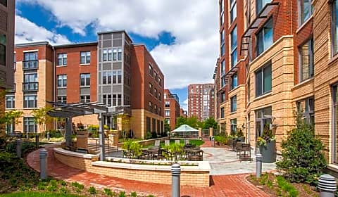 Post carlyle square holland lane alexandria va - One bedroom apartments alexandria va ...