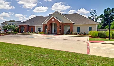 The Madison At Tyler Old Jacksonville Highway Tyler Tx Apartments For Rent