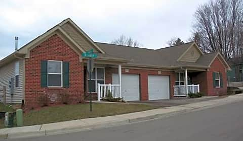 village at jackson hill mclaren avenue muskegon mi apartments for rent