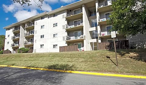 Parkway Apartments Temple Hills