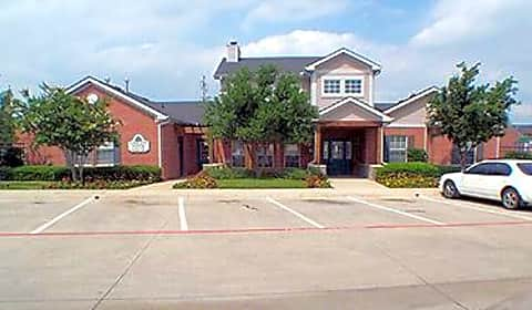 Parkland pointe pinion drive arlington tx condos for rent for 4 bedroom apartments in arlington tx