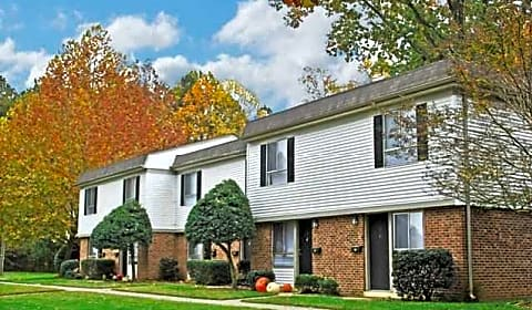 Brookhill Townhouse Apartments J Dana Drive Raleigh Nc Apartments For Rent