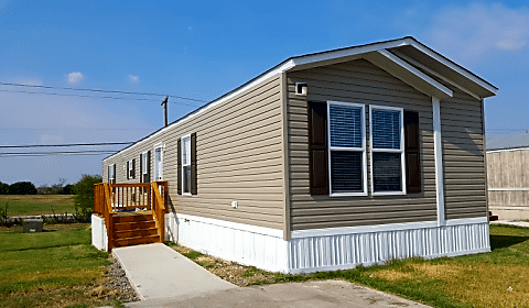 3 bedroom 2 bath home available hwy 90 west lot 349