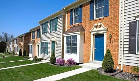 Lovely Elmtree Townhouse Apartments   Winslow Drive | Martinsburg, WV Apartments  For Rent | Rent.com®
