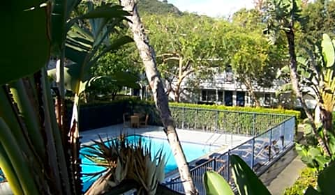 La brezza apartments west gutierrez street santa - 1 bedroom apartments santa barbara ...