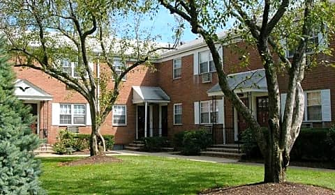 Briarwood commons main street hackensack nj apartments for rent for 1 bedroom apartment for rent hackensack nj