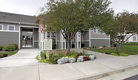 Village At Westmeadow Capistrano Point Colorado Springs Co Apartments For Rent