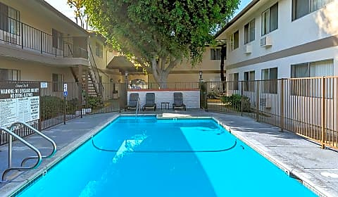 Singing Tree Apartment Homes W Ball Road Anaheim Ca Apartments For Rent