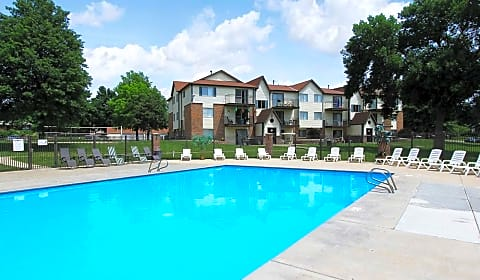 Thomasbrook Roose Street Lincoln Ne Apartments For Rent
